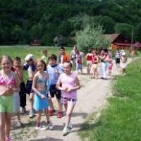 LARISA DAVID: Aventură pe Valea Brătcuţei