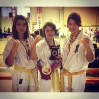 RALUCA GĂVRUŢA & DENISA ŢURCĂU: Campioană la kyokushin