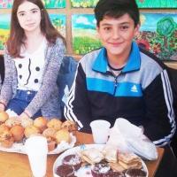 MIRCEA SABĂU & RĂZVAN LASLĂU: Bucătarii din a VI-a D