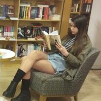 ANDREEA FILIMON: Cititul şi adolescenţii