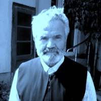 NARCISA BRAGYE: Interviu cu un preot