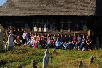 Echipa EUROSCOLA la Biserica din Rieni