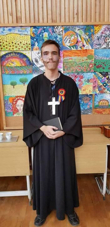 Episcopul Roman Ciorogariu, interpretat de Alex Lascu