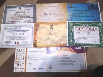 Colecţia de diplome ale lui Alex