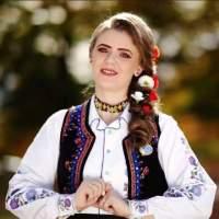 CARMEN ARDELEAN & ELENA CIORBA: Pe drumul folclorului