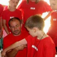 LARISA BĂRCUI: Învaţă lupte de la director!