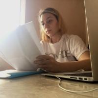 GEORGIANA ŞTIUBE: Despre conspiraţii cu Denisa