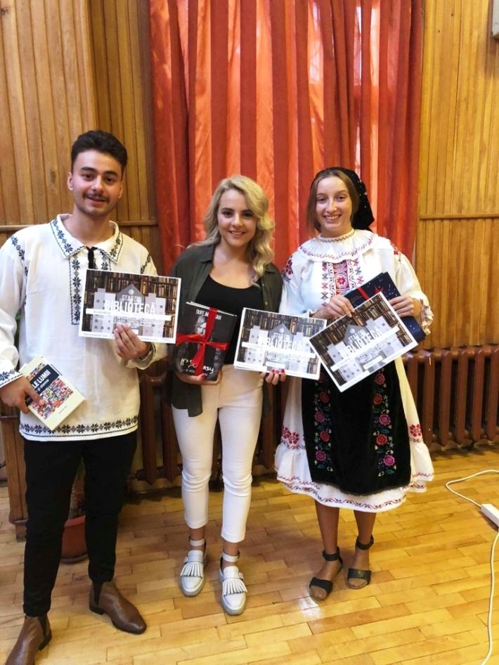 Trei staruri din bibliotecă Rareş Băliban, Adriana Roman şi Diana Vanţa
