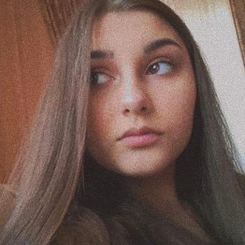 Alexandra Cuc