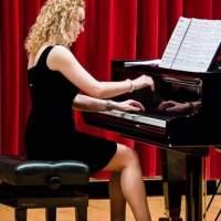 LARISA & BOGDAN: Henrietta și puterea vindecătoare a pianului